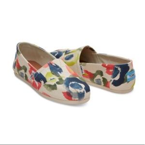 Toms tangerine watercolor classic shoes